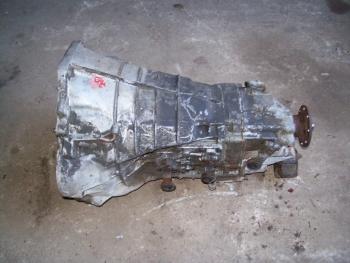 Schaltgetriebe 5 Gang 230 GE Preis auf Anfrage.